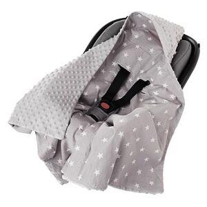 Přikrývka s kapucí do autosedačky Medi šedá/bílé hvězdičky